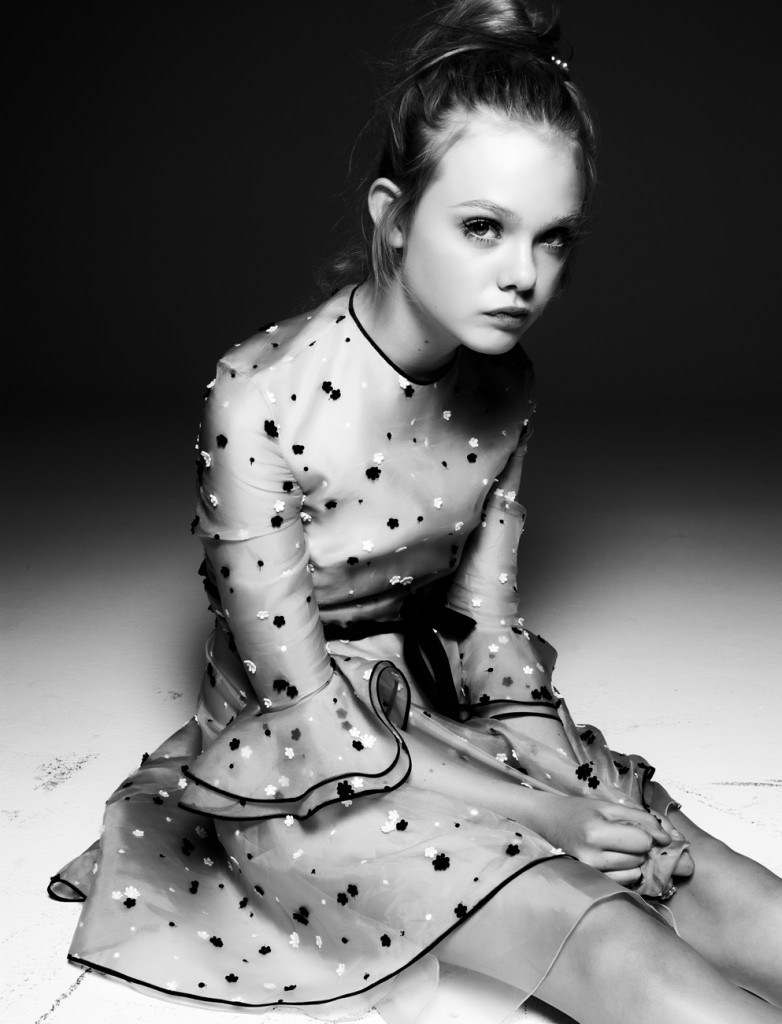 http://www.babewalker.com/wp-content/uploads/2012/05/Elle-Fanning-by-Steven-Pan-Elle-Interview-December-2010-2-782x1024.jpg