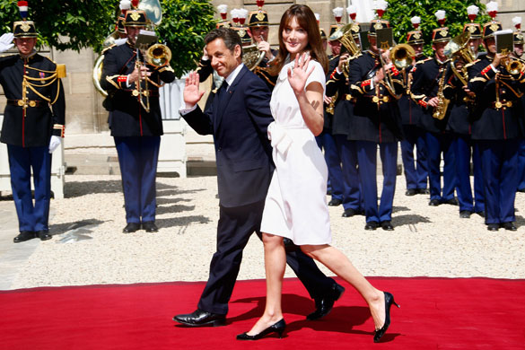 bastille-day-nicolas-sarkozy-and-his-wife-carla-bruni-sarkozy-arrive-at-a-garden-party